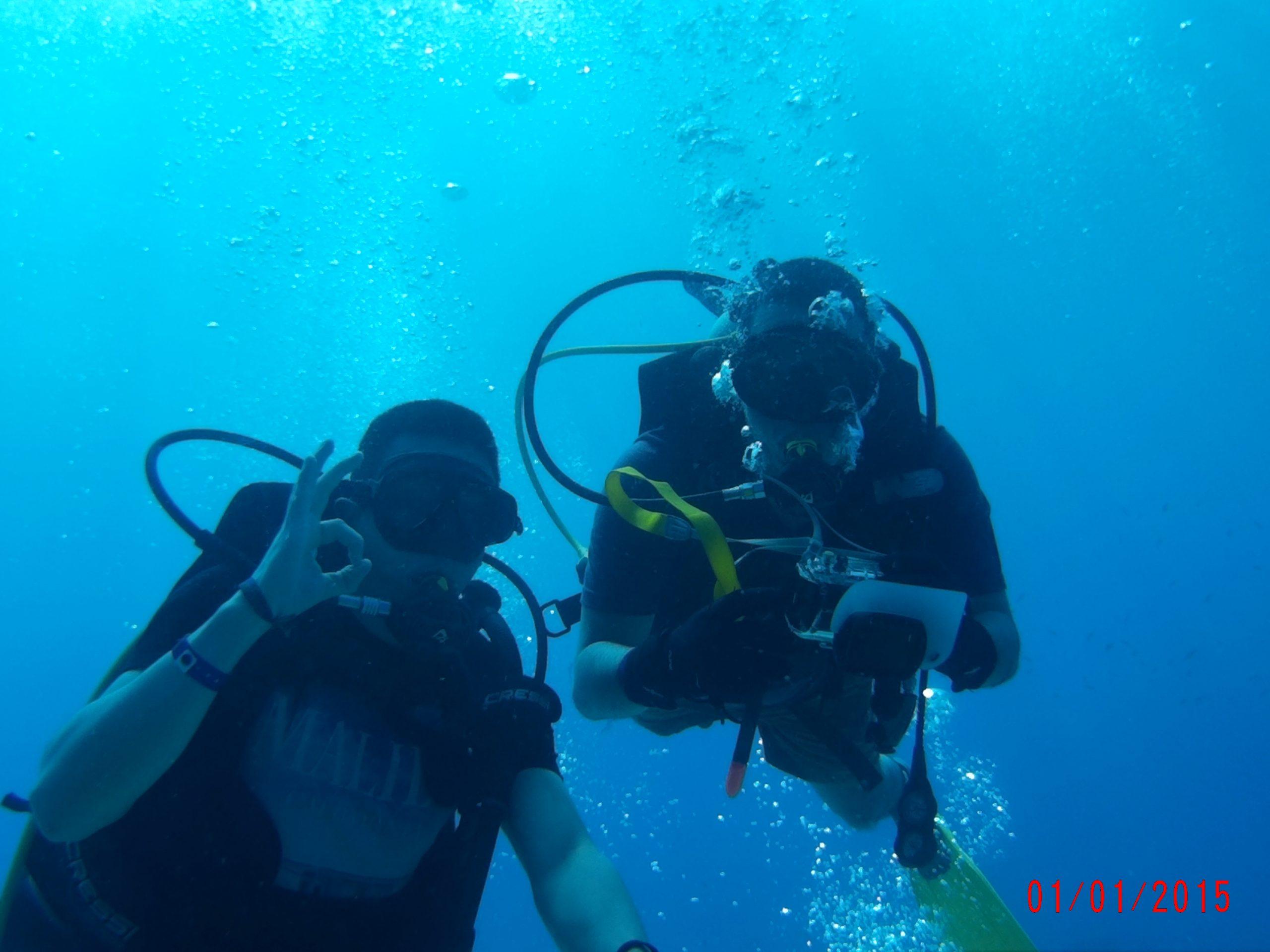 Disfrutar del mar y practicar el buceo
